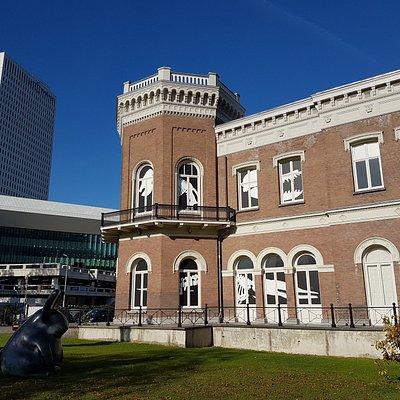 Het museum gebouw