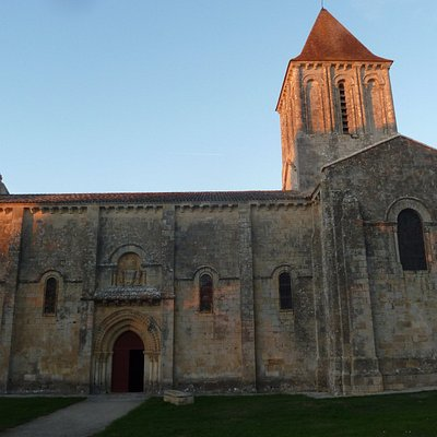 Eglise Saint Pierre à Melle
