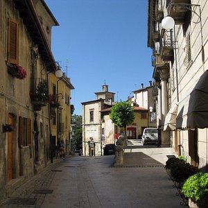 facciata sulla via S.Rocco