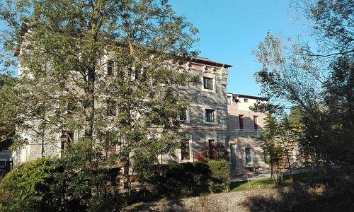 Foto de la fachada del balneario
