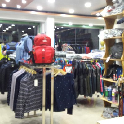 Best trekking shop