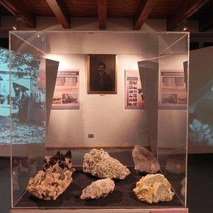 Museo Granum di Baveno . I preziosi e rari cristalli del Granito Rosa di Baveno