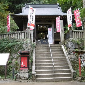 涌釜神社本殿