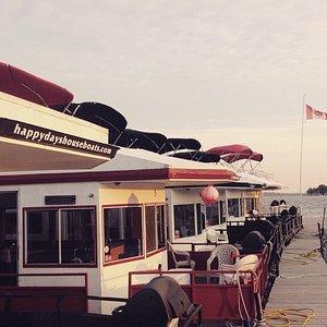 Dockside fleet, Happy Days Houseboats