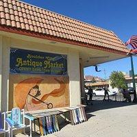 Boulder City Antique Market, Boulder City, NV