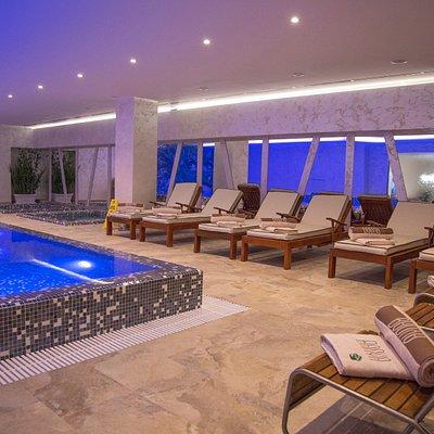Swimming pool - Banya Wellness & Spa
