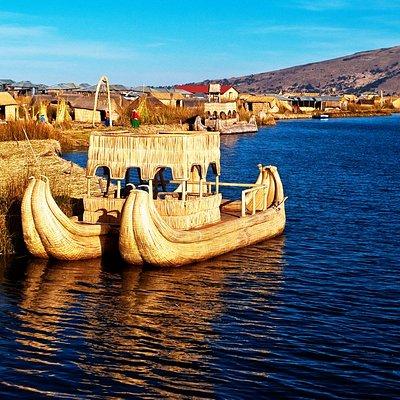 Isla de los Uros, only culture in the world