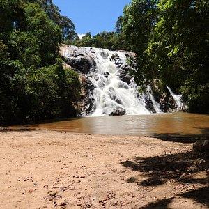 A cachoeira Santa Rita possui uma prainha muito gostosa