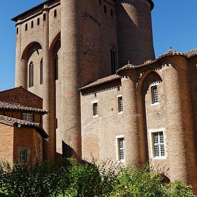 Albi, Palais de la Berbie, Tour Saint-Michel et courtine Bernard de Combret