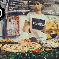 Gran variedad de las mejores pizzas italianas en El Born de Barcelona