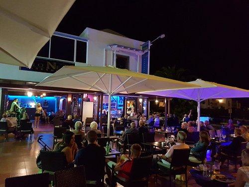 Marcos & Aless Bar
