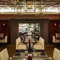 The Tradewinds dining room is spacious, welcoming, and comfortable.