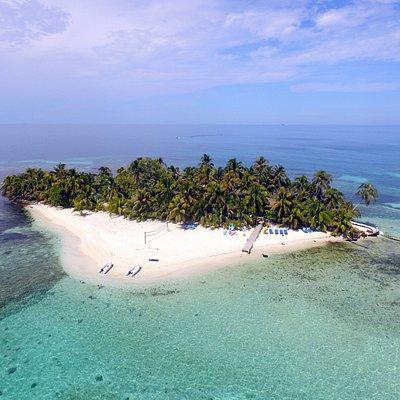 Aerial view of Ranguana Caye