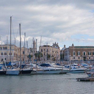 Il porto di Trani
