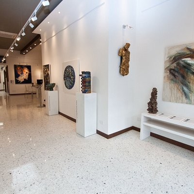 Contemporary art gallery in the heart of Mosta.