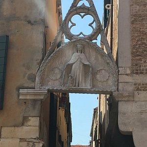 Madonna Arch