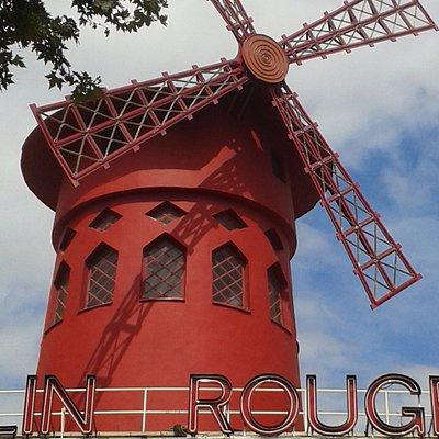 Le Moulin Rouge PlaceBlanche