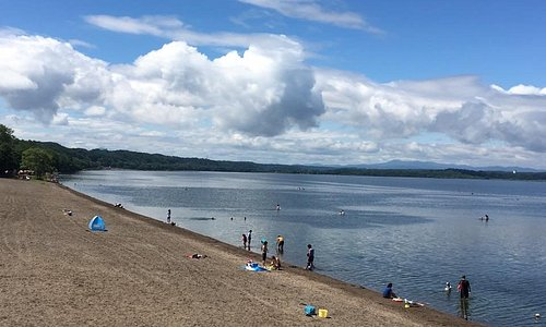 小川原湖水浴場は地元民の夏の避暑地