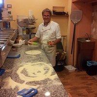 Roberto el maestro pizzero