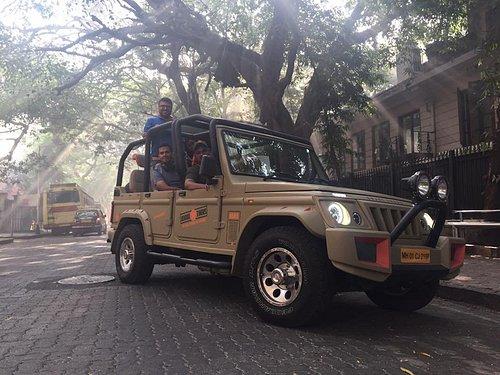 #UrbanSafari - Heritage tour in an open jeep