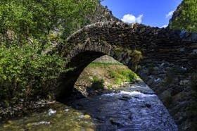 Pont romànic de Sant Antoni de la Grella
