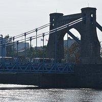 Most Grunwaldzki widziany z Wydziału Informatyki UWr