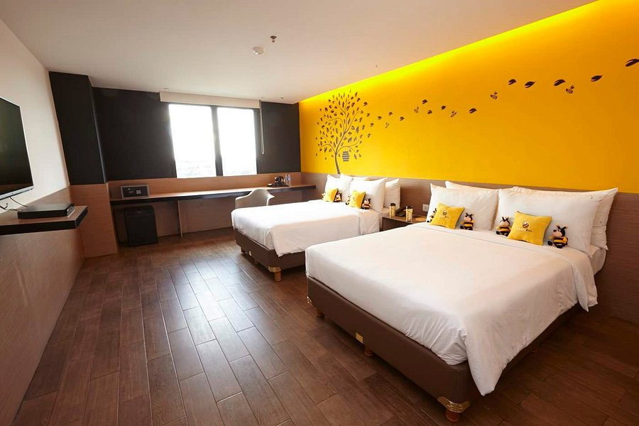 Yellow Bee Hotel 14 2 1 Prices Reviews Tangerang Indonesia Tripadvisor
