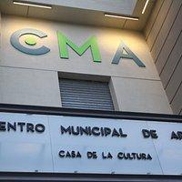 Fachada del CMA