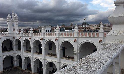 Impresionante el Convento de San Francisco Neri