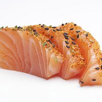 Sashimi saumon au epice