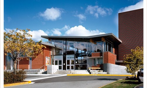 Surrey Art Gallery is located in the beautiful Surrey Arts Centre which is part of Bear Creek Pa