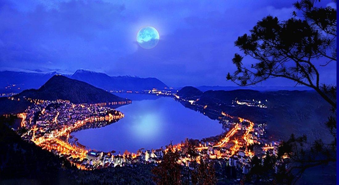 * Orestiada Lake/Greece