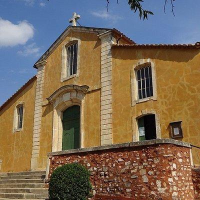 Vooraanzicht van Eglise Saint-Michel