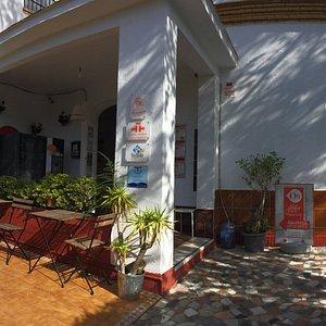 Entrada principal Calle Pintor Cubells 12