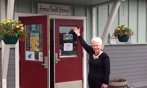 Ready to Help at the Homer Visitor Center