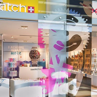Swatch at ORD Terminal 5, Near Concourse M