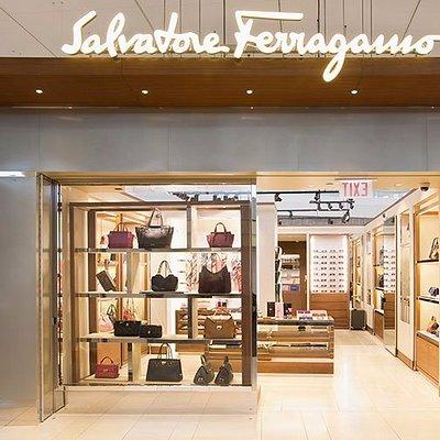 Salvatore Ferragamo @ ORD Terminal 5, Near: Concourse M