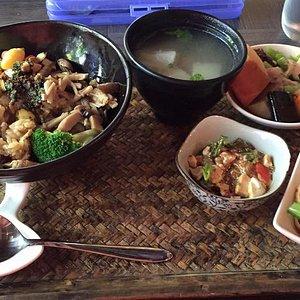 套餐,三小菜加湯