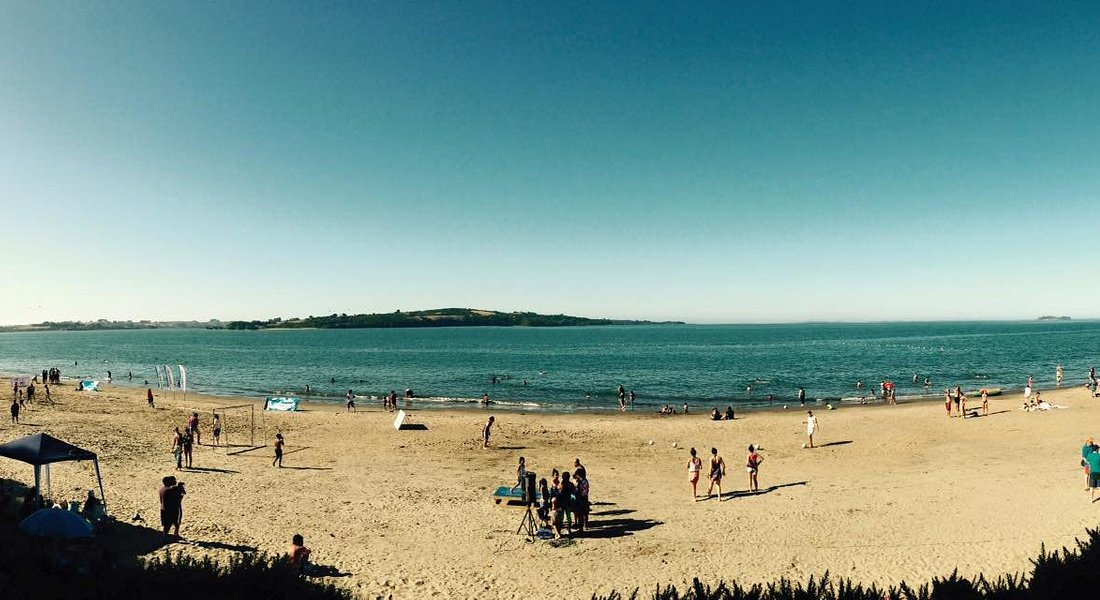 "Vista de playa Lechagua, desde ""Cabañas Mae Joa"""