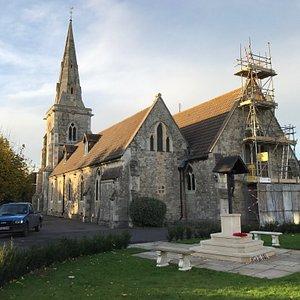 St Andrew's Churchill