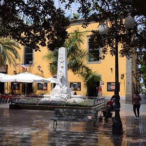 Pomnik burmistrza Las Palmas Hurtado de Mendoza