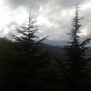 Nubi minacciose verso il Monte Fumaiolo in una domenica di fine novembre