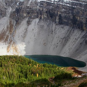 Looking down on Bourgeau Lake from the Harvey Lake Trail