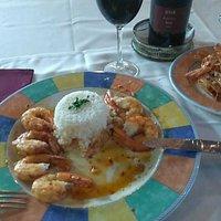 Piripiri Hot prawns with rice