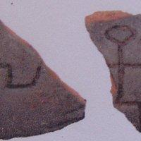 Particolare pezzo proveniente dalla necropoli di Caracupa
