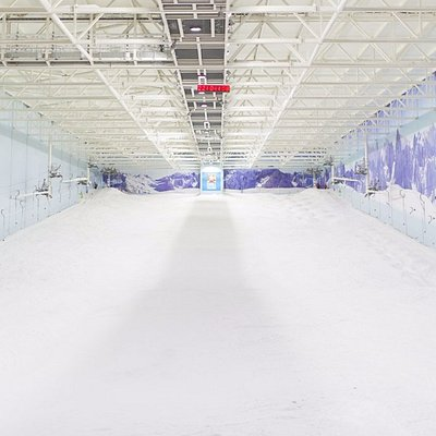 The UK's largest indoor ski and snowboard slope at Chill Factore, Manchester