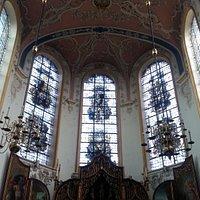 De prachtige kerk van binnen gezien.