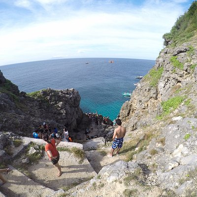 Cliff Diving Fortune Island