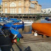 Porto con il Teatro Margherita sullo sfondo