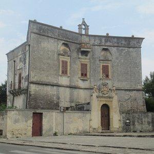 Il castello o palazzo baronale